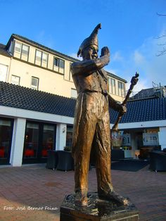 Oldenzaal Monuments, Sculptures, Statues, Flats, Art, Fashion, Loafers & Slip Ons, Art Background, Moda