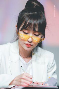 twice ♡ mina Nayeon, The Band, Extended Play, South Korean Girls, Korean Girl Groups, Jihyo Twice, Twice Once, Myoui Mina, Dahyun