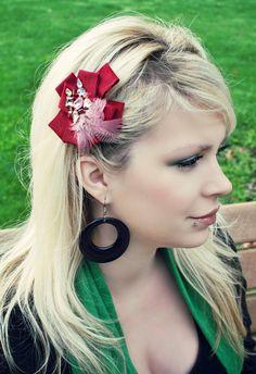 cinta de la flor roja atractiva con gemas y plumas - Hair Bow Clip - día de fiesta de invierno elegante vino de Borgoña Fotografía Prop Chicas Mujeres