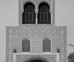 Image SPA 1605x featuring general view from the Alhambra, in Granada, Spain, showing  using .