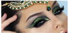 quer mais dicas de maquiagens, passo a passo e quer se inspirar curta nossa pagina no facebook https://www.facebook.com/Mayamaquiagem
