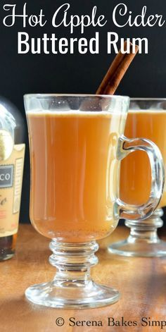 Hot Buttered Rum, Rum Recipes, Alcohol Drink Recipes, Hot Fall Drinks Alcohol, Margarita Recipes, Christmas Drinks, Holiday Drinks, Winter Drinks, Pina Colada