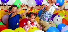 Fun party games for kids birthday parties Birthday Party Games For Kids, Fun Party Games, 2nd Birthday Parties, Birthday Fun, Party Themes, Party Ideas, Game Ideas, Indoor Birthday, Sleepover Games