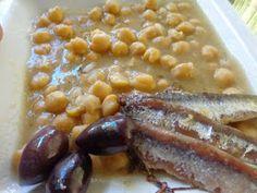 ΜΑΓΕΙΡΙΚΗ ΚΑΙ ΣΥΝΤΑΓΕΣ: Ρεβυθάδα απίθανη !!! Beans, Vegetables, Food, Essen, Vegetable Recipes, Meals, Yemek, Beans Recipes, Veggies
