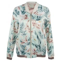 Maison Scotch Hawaiian Vintage Print Bomber Jacket ($81) ❤ liked on Polyvore featuring outerwear, jackets, tops, outer, multi, vintage bomber jacket, green jacket, zipper jacket, blouson jacket and green bomber jacket