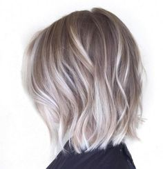 New hair color ash ombre balayage ideas Balayage Bob, Balayage Brunette, Balayage Color, Bronde Bob, Honey Balayage, Hair Color Highlights, Blonde Color, White Blonde, Blonde Shades