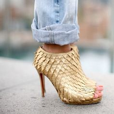 #ChristianLouboutin #AnkleBoots #Gold