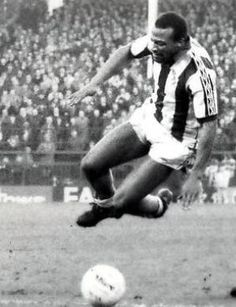 """""""The word legend tossed about to much nowadays, this bloke is West Bromwich Albion Fc, Pure Football, Sports Photos, Sons, Black And White, Tossed, Twitter, Grass, Album"""