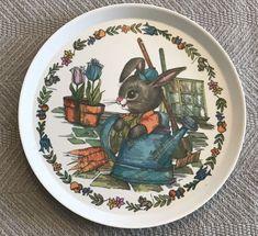 VINTAGE SILITE PETER RABBIT IN THE GARDEN MELAMINE CHILD'S PLATE Easter #Selandia