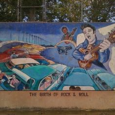 The Great Wall of Los Angeles: This half mile long public mural depicts the history of various ethnic groups in California.