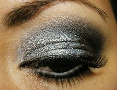 Want To Add Some Drama To Your Day? Opt For Glitter Eye Make Up