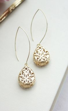 Gold Puffy Pear Filigree Earrings