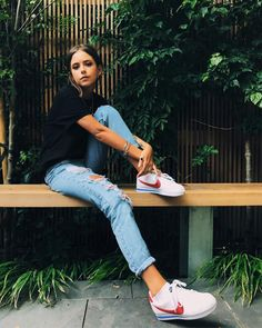 Pin by Madeline Rocco on Spring / Summer Fashion in 2019 Nike Classic Cortez, Nike Outfits, Summer Outfits, Casual Outfits, Girl Fashion, Fashion Outfits, Looks Street Style, Everyday Outfits, Spring Summer Fashion