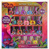 Amazon.com: DreamWorks Trolls Poppy's Coronation Pod: Toys & Games