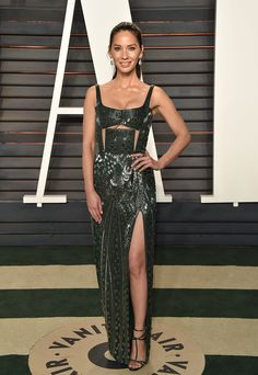 Olivia Munn Has Tried Out Just About Every Type of Red Carpet Style Photos | W Magazine