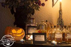 Decoración y recetas para preparar una mesa dulce temática de Halloween Pumpkin Carving, Birds, Crafty, Table Decorations, Halloween, Home Decor, Art, Candy Buffet, Candy Stations