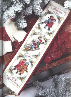 Cross Stitch Christmas Stockings, Xmas Cross Stitch, Cross Stitch Books, Cross Stitch Bookmarks, Cross Stitching, Cross Stitch Embroidery, Cross Stitch Patterns, Christmas Banners, Christmas Ornaments To Make