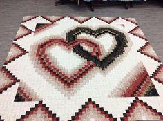 Heart Patterns, Quilt Patterns, Quilting Ideas, Bargello Quilts, Homemade Quilts, Log Cabin Quilts, Square Quilt, Pattern Art, Pixel Art