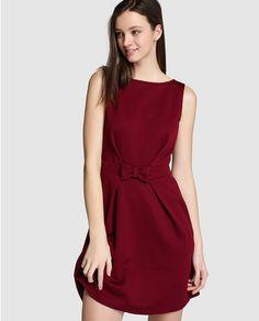 Vestido de mujer Naf Naf burdeos con lazo en la cintura