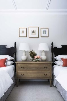 41 Classy Bedrooms Twin Beds Ideas For Small Rooms. Ever since one can remember, twin bed frames have been in homes around us. What does the term twin bed imply? Twin Beds Guest Room, Bedroom Decor, Stylish Bedroom, Home, Classy Bedroom, Guest Bedrooms, Home Decor, Room, Dresser As Nightstand