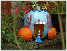 Cinderella Pumpkin Carriage - Here Come the Girls