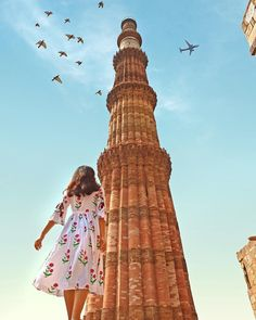 It contains the world´s most exciting tickets, tours and activities, anywhere in the world! Girl Photography Poses, Travel Photography, Travel Pose, Travel Tips, Travel Around The World, Around The Worlds, Backpacking India, Amazing India, How To Pose