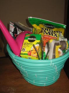 Homemade hose gardeners gift basket. Perfect gift for the green thumb on your list.