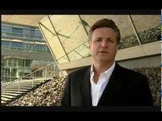 """http://123geld.helmut-ament.de    Der Video-Download-Kurs """"Erfolg-Reich"""" von SuccessCoach Helmut Ament besteht aus insgesamt 8 Lektionen mit Videos mit einer Gesamtlaufzeit von über 5 Stunden.    Viele Menschen glauben, das Erfolgsgeheimnis zu kennen - erzielen aber keine Resultate damit.    Helmut Ament kann Ihnen GENAU zeigen, wie Sie..."""