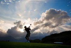 $1000/Hr ~> Elitist Obama Flies in World's Top Golf Pro