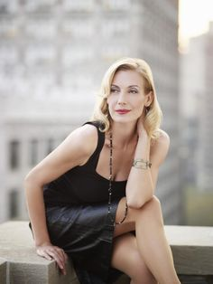 Ute Lemper: I don't know why, but I find this lady almost unbearably attractive. Ute Lemper, Portraits, Songs To Sing, Iconic Women, Concert Hall, Interesting Faces, Female Singers, Photo Illustration, Illustrations