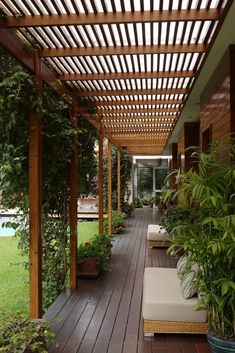 The pergola kits are the easiest and quickest way to build a garden pergola. There are lots of do it yourself pergola kits available to you so that anyone could easily put them together to construct a new structure at their backyard. Pergola Patio, Pergola Plans, Backyard Patio, Backyard Landscaping, Modern Pergola, White Pergola, Cheap Pergola, Steel Pergola, Landscaping Ideas