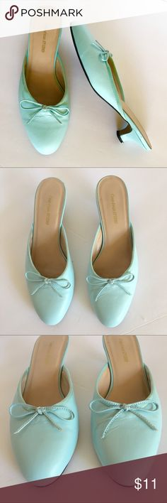 """Almond Toe Light Aqua Leather Kitten Heels Sz6 $11 Coup d'etat Studio, Size 6M, Almond Toe Light Aqua Leather Kitten Heel Slides, sweet bow on front vamp, tan lining and footbed, 1.5"""" Heel, manmade sole. Feminine and Comfy! BUNDLE and SAVE Coup d'etat Studio Shoes Mules & Clogs"""