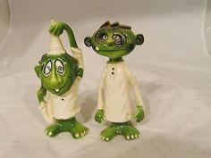 vintage salt pepper shakers ceramic set Gruesome Twosome green Norcrest RARE (10/20/2013)