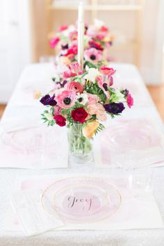Chinet decorated tablescape: http://www.stylemepretty.com/2015/05/07/glamorous-spring-dinner-party-with-chinet-cut-crystal/ | Photography: Ruth Eileen - http://rutheileenphotography.com/
