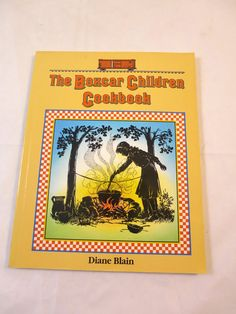 Vintage Boxcar Children Cookbook Recipes from the Box Children Mysteries Incl. Golden Horn Pizza Mystery Ranch French Toast Written by Diane Blaine Illustrated by L. Kate Deal & Eileen Mueller Neill Softcover First Edition Published by Albert Whitman & Co. Delightful silhouette