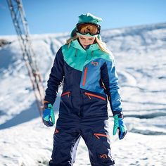 badass looking #skiwear from #karitraa :)