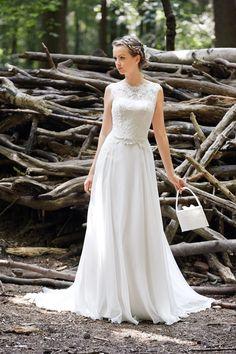 10a125cedca Wunderschöne Brautkleider und elegante Abendmode in Hamburg  Bei Torrox  Hamburg erfüllen wir Deinen Wunsch vom traumhaften Hochzeitskleid.