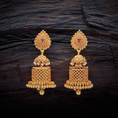 Diamond Solitaire Earrings H I – Modern Jewelry Gold Jhumka Earrings, Jewelry Design Earrings, Gold Earrings Designs, Gold Jewellery Design, Ear Jewelry, Gold Mangalsutra Designs, Amai, Gold Jewelry Simple, Indian Wedding Jewelry