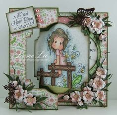 A swing/flip card featuring 'Leo Tilda' sitting on 'Nativity Fence', stamp from Magnolia-icious, by Norma Lee of From My Craft Room. Card Making Templates, Card Making Tutorials, Flip Cards, Folded Cards, Kirigami, Card Tags, I Card, Swing Card, Creative Background