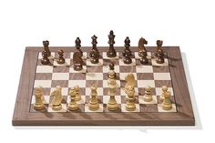 The plug & play DGT electronic chess board brings you the best of two worlds. The classical game of chess finaly merged with century computer and internet technology. The beautiful classic wooden DGT e-Board Computer Chess, Pi Computer, Chess Store, Luxury Chess Sets, Bluetooth, Online Match, Logic Games, Usb, Business Video