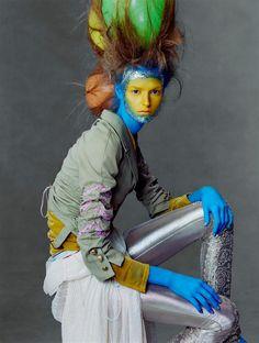 """Comme c'est inusité! """"Joy to the World""""    Steven Meisel, Vogue US December 2002  #Steven Meisel #Vogue US   ~~Mary Quite Contrary"""