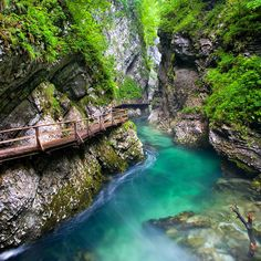 Vintgar Gorge, Slovenia -- 129 Places Worth Visiting Once in a Lifetime (part. Amazing Places On Earth, Beautiful Places, Romantic Places, Beautiful Scenery, Corfu Grecia, Dream Vacations, Vacation Spots, Vacation Travel, The Places Youll Go