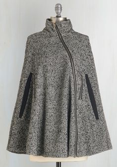 Outerwear and Cold-weather Accessories - Beacon Hill Breakfast Cape Winter Wear, Autumn Winter Fashion, Fall Winter, Mode Hijab, Vintage Jacket, Winter Wardrobe, Style Me, Fashion Dresses, Street Style