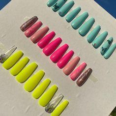Bling Acrylic Nails, Acrylic Nails Coffin Short, Diy Nails, Coffin Nails, Nicole By Opi, Wooden Bow, Color Club, Nail Sizes, Nail Stuff