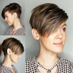 60 Stunning Pixie Haircut Ideas for This New Season Stylish Pixie Haircut; Super Muy Corto Pixie Cortes de pelo Y Colores de Pelo pa. Short Hairstyles Fine, Short Pixie Haircuts, Pixie Hairstyles, Hairstyle Short, Tomboy Hairstyles, Shaved Hairstyles, Undercut Hairstyles, Edgy Haircuts, Pixie Haircut Fine Hair