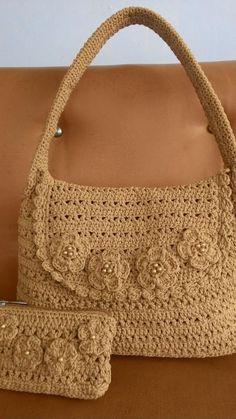 v-stitch bag and purse - Crochet creation by Farida Cahyaning Ati #crochethandbags