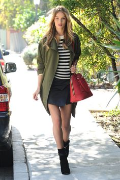 Rosie Huntington-Whiteley Winter Chic: Green Coat + Red Bag