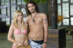 Still of Kristen Bell and Russell Brand in Forgetting Sarah Marshall