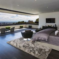 Who wants this bedroom? Contemporary Home in Bel Air by McClean Design Located in Bel Air, California © Ben Bacal #restlessarch