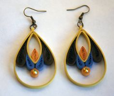 Paper earrings with ecologycal varnish by Zarzillos on Etsy
